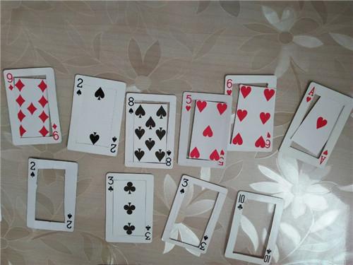 纸牌扑克游戏_扑克牌可以玩那些游戏-有没有四个人能玩的扑克牌游戏。最好讲 ...
