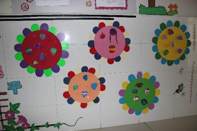 共同制作粽子的活动,感知端午,走进端午,品味端午,幼儿园里处处飘香