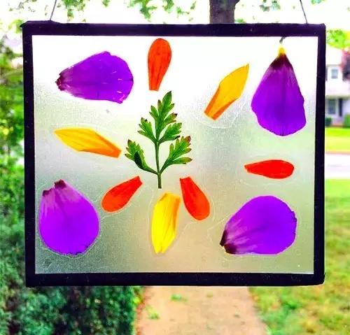 艺术创想:《春天来了,幼儿园和家里要这样布置》