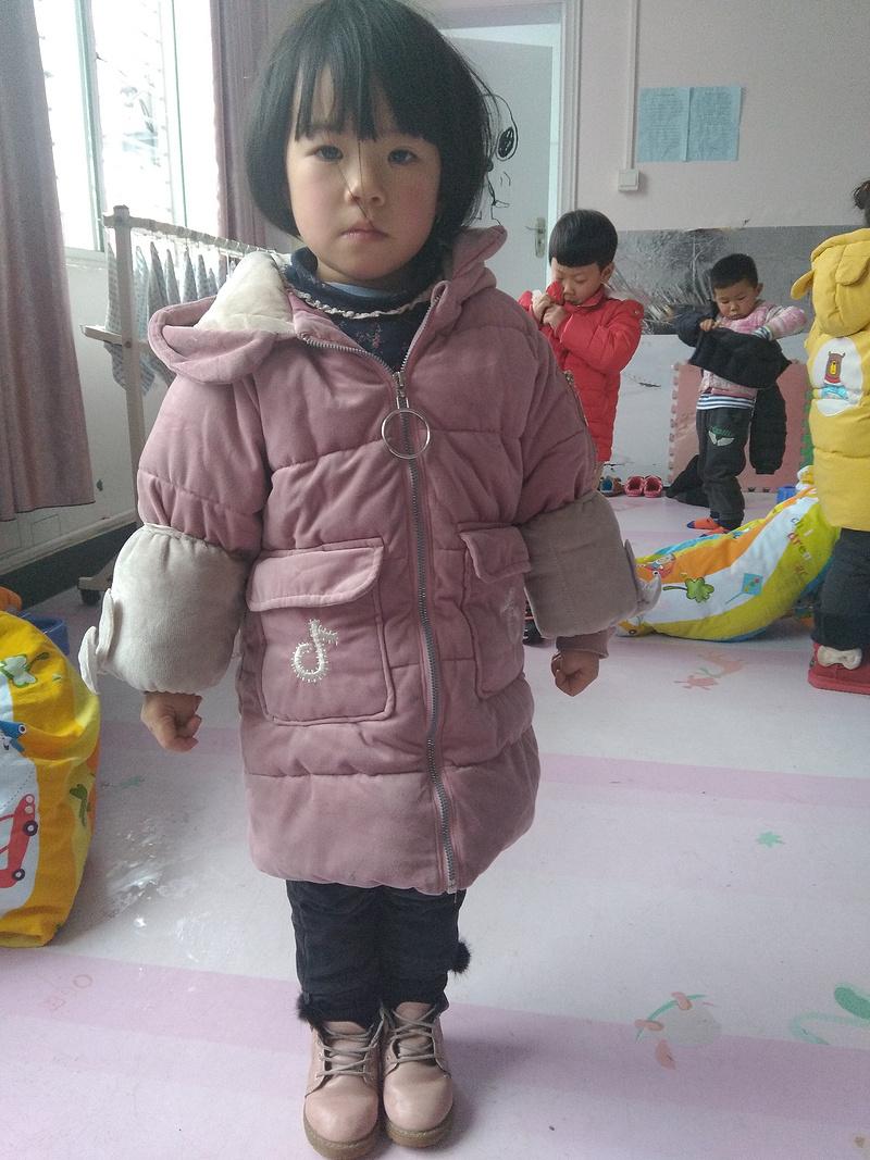幼儿自己穿衣步骤图